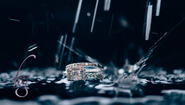 How to Overcome the Wedding Band Divide